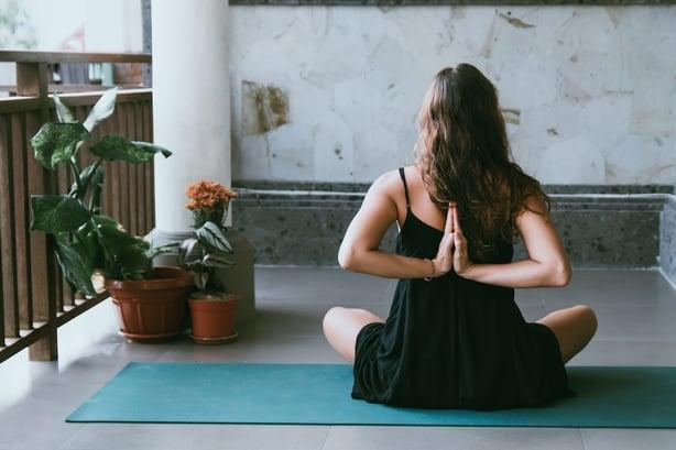 yoga-virtuel-team building
